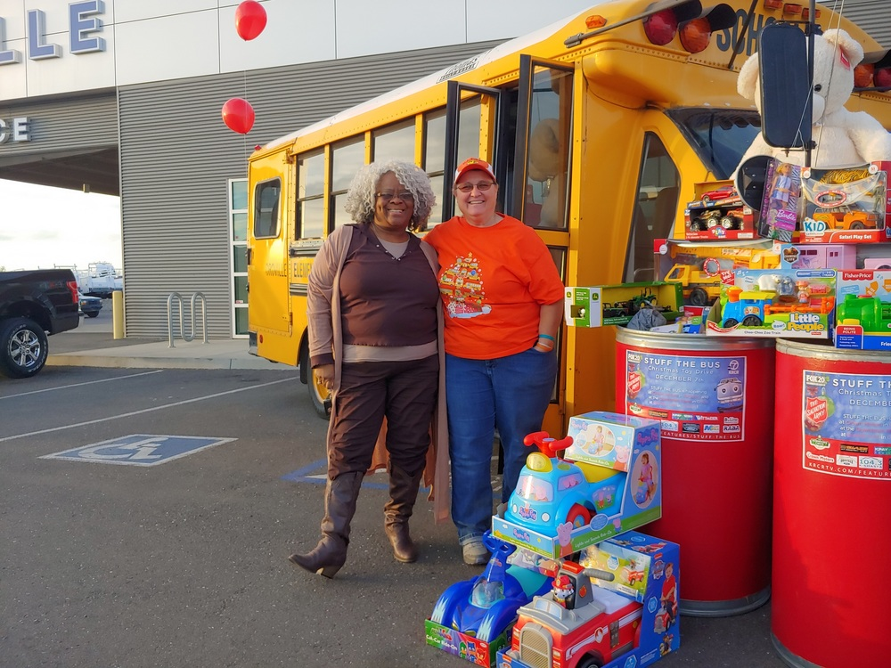 OCESD helps Stuff The Bus!
