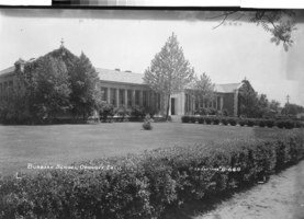 What do you know about Burbank School? A quest for historic photos